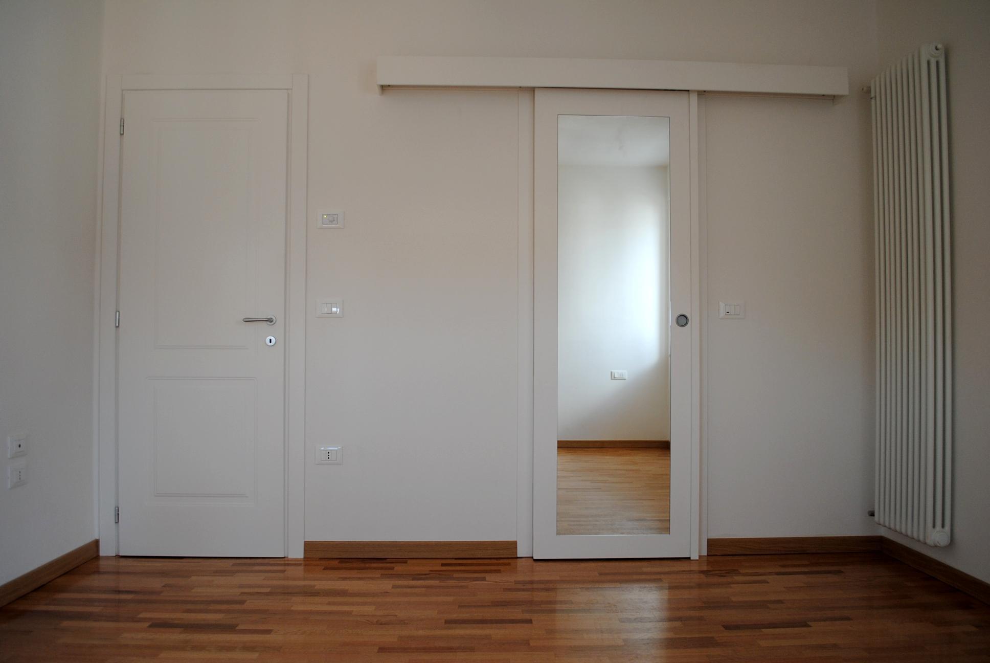 Porte interne falegnameria dal santo - Porta specchio scorrevole ...